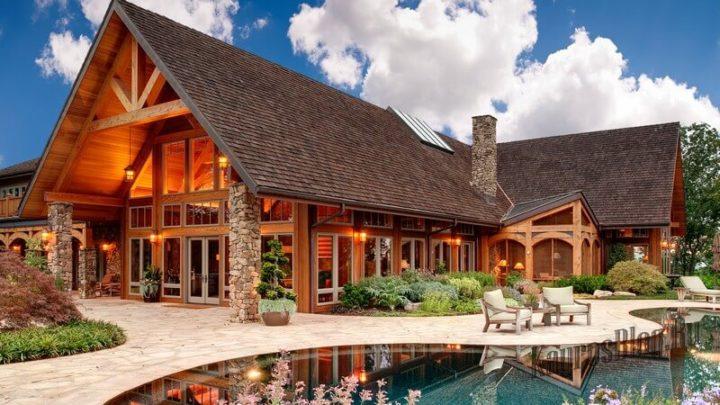 Дом из сруба большой